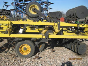 Культиватор компактор Landoll soilfinisher